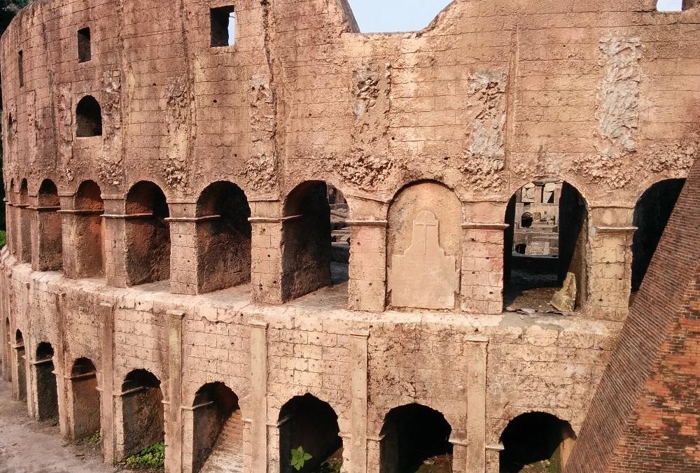 羅馬鬥獸場後門