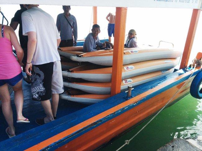 很多獨木舟
