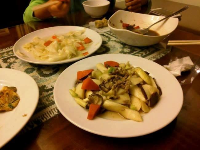 晚餐是三菜一湯