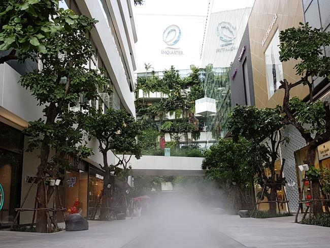 曼谷商場很大