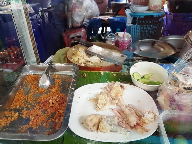 泰式白切雞
