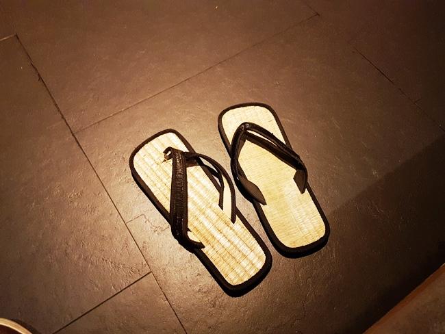 換日式拖鞋