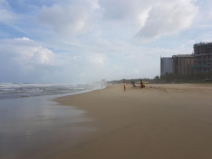 峴港 美溪海灘
